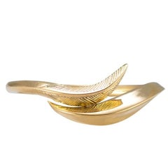 Daou Feather Ring, Modern Art Nouveau Style in Engraved Gold