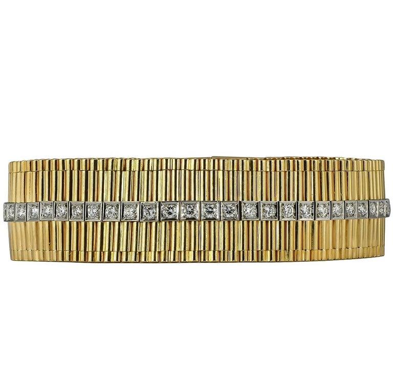 Cartier Retro Round Diamond Yellow Gold Bracelet