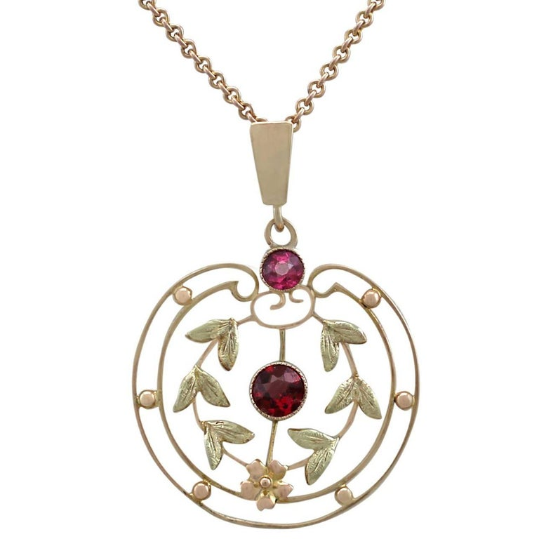 1920s Antique Garnet and Amethyst Yellow Gold Pendant For Sale