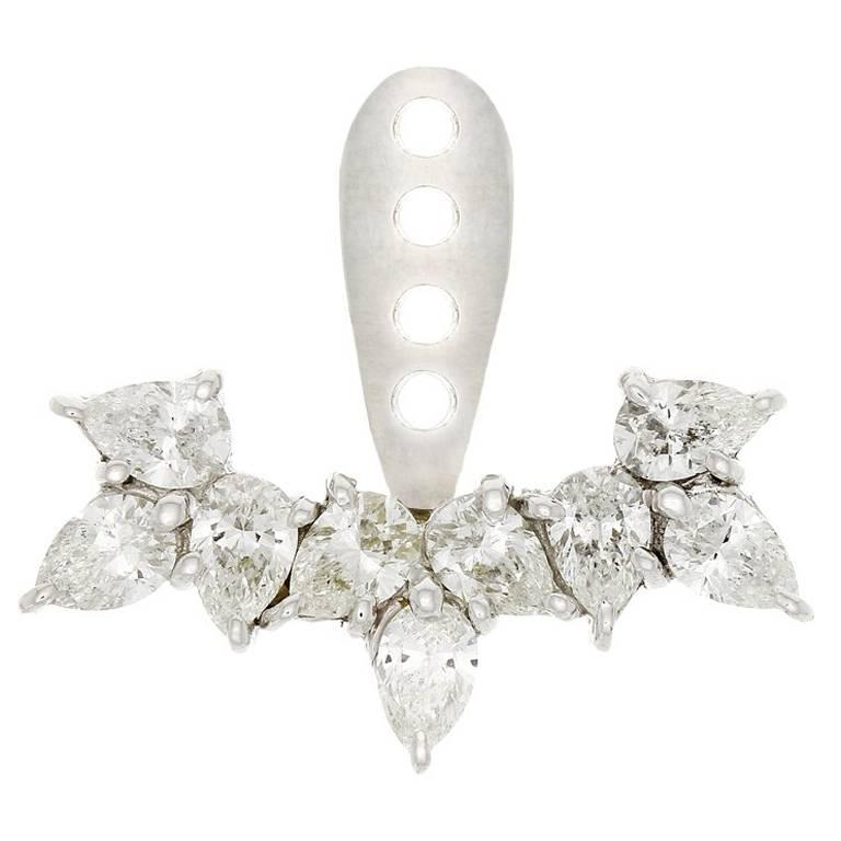 Yvonne Leon Contemporary 18K Ear Jacket with Pear Diamonds and Stud Pear 18K