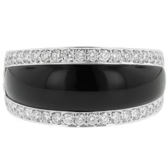 Black Onyx and 1.80 Carat Diamond Ring 14 Karat White Gold