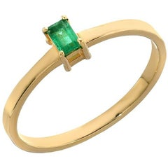 18 Karat Yellow Baguette Colombian Emerald Solitaire Stacking Band, 0.13 Carat