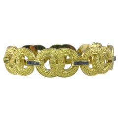 Art Deco Vintage French Burmese Sapphire Yellow Gold Bracelet.