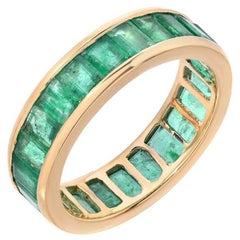 18 Karat 3.5-4 Carat Emerald Eternity Ring SZ US 7