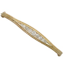 Victorian 1.22 Carat Diamond and 15 Karat Yellow Gold Bangle