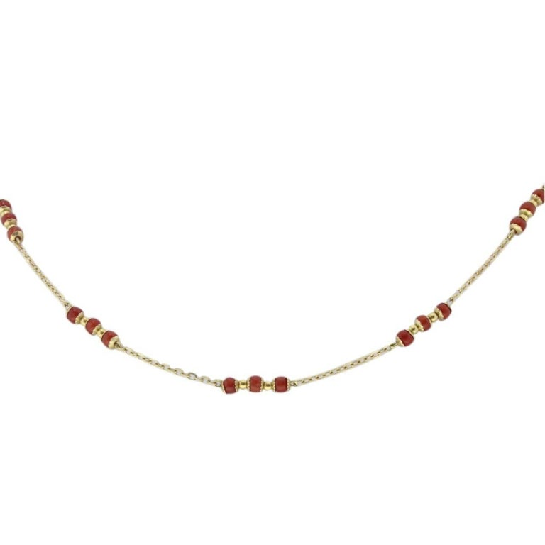 18 kt Gold Necklace with Corals