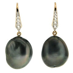 Tahitian Tear Drop Pearl Earrings with Diamond Lever Back