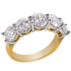 Round Brilliant Diamond Gold Five-Stone Wedding Band