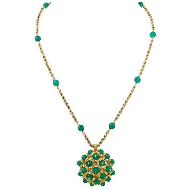 1970s Van Cleef & Arpels Chrysoprase Gold Chain Necklace