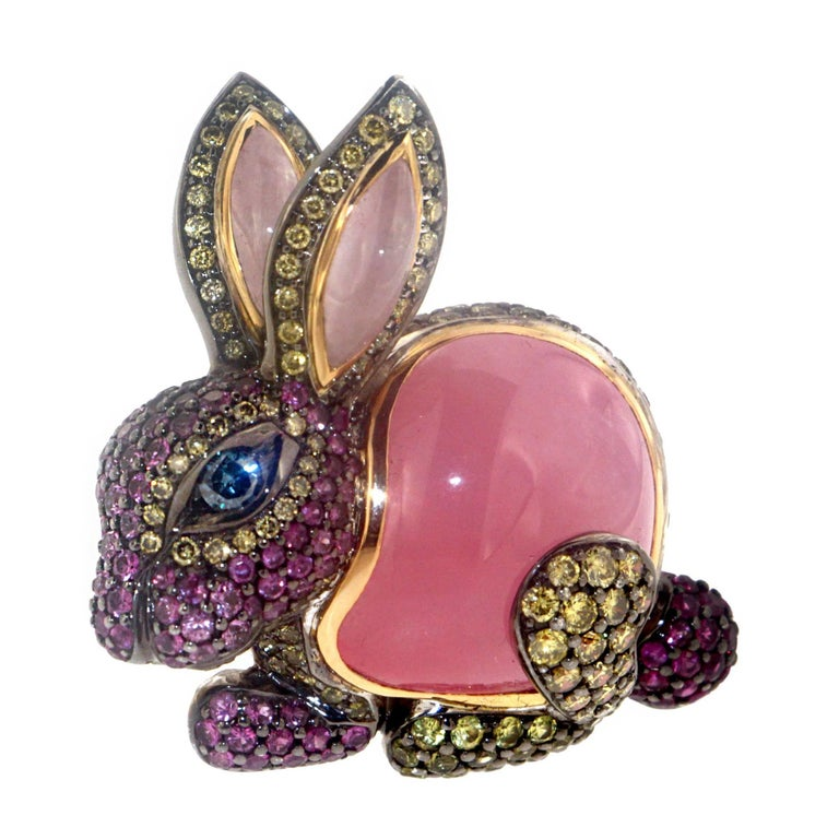 Zorab Creation Pink Jade and Sapphire Diamond with Gold Bunny Cocktail Ring For Sale