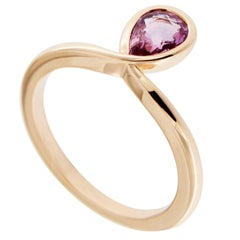 Jona Pink Sapphire 18k Rose Gold Solitaire Ring