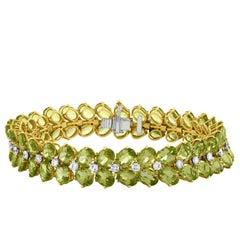 Julius Cohen 40.00 Carat Oval Peridot Diamond Bracelet