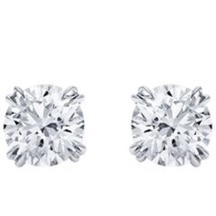 Pair of Stud Earrings Round Diamond 1.40 and 1.40 Carat D Internally Flawless