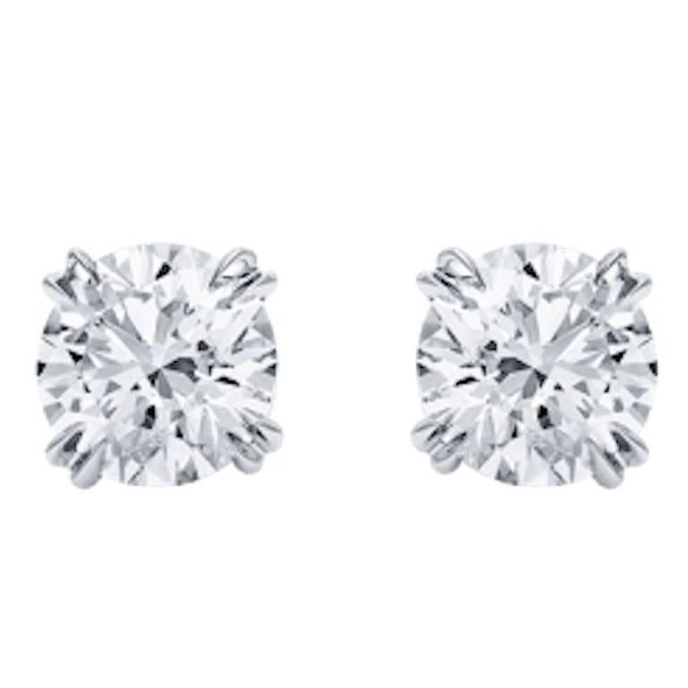 Pair of Stud Earrings Round Diamond 2.10 and 2.08 Carat H Vvs2 on Platinum For Sale