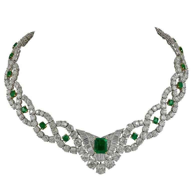 ab3621d20b09b6 Cartier Diamond Emerald Necklace For Sale at 1stdibs
