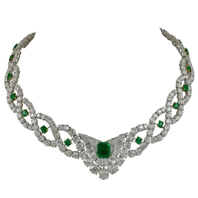 595e2e017b Cartier Diamond Emerald Necklace For Sale at 1stdibs