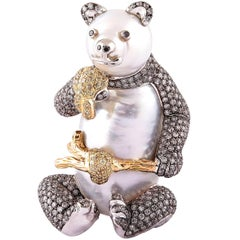 Buzzanca South Sea Pearl Grey Diamond Yellow Diamond 18k Gold Bear Animal Brooch