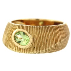 Brushed Gold Ring with Peridot