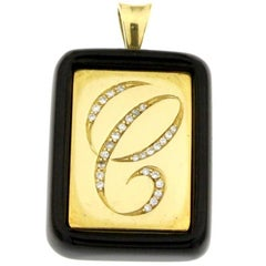 Pendant Letter C in Black Onyx and 18 Karat Yellow Gold