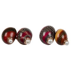 Red Nerita Shell Gold Cufflinks with Pearls