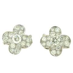 Van Cleef & Arpels Diamond Trefle Fleurette Earrings in 18 Karat White Gold