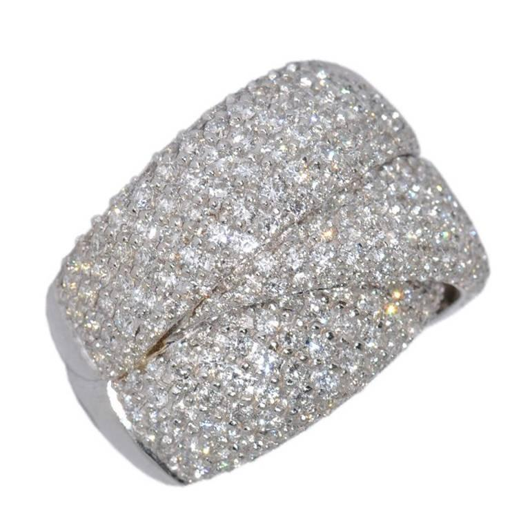 White Diamonds 3.6 Carat and White Gold Drape Ring