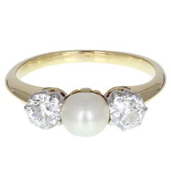 1930s Natural Pearl Diamond Three-Stone Gold Ring