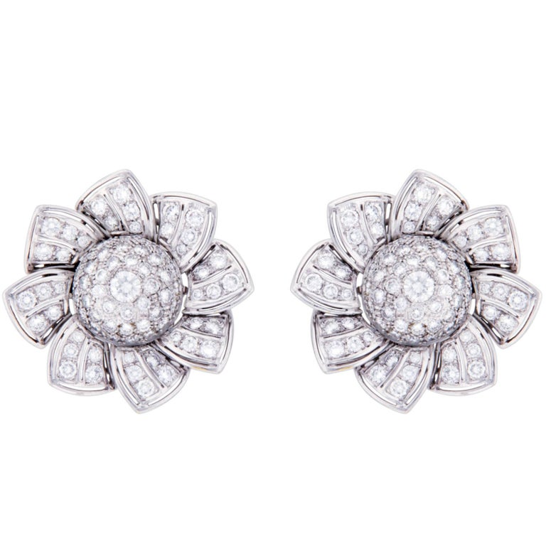 Ella Gafter Pave Diamond White Gold Flower Star Clip-On Earrings
