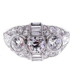 Belle Époque Three Diamond Ring