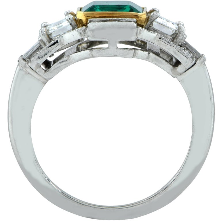 3.05 Carat Emerald and Diamond Ring In As New Condition For Sale In Miami, FL