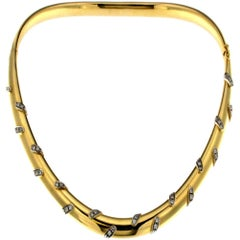 Rigid Collier in Yellow Gold, Blazed by White Parts Set with Diamonds
