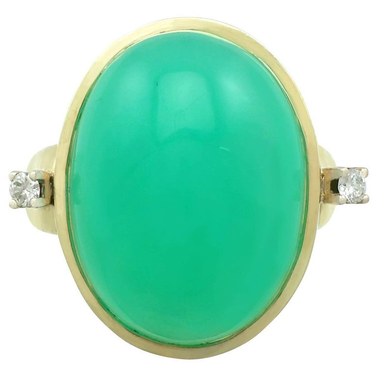 1930s Antique 14.98 Carat Chrysoprase and Diamond Yellow Gold Dress Ring For Sale
