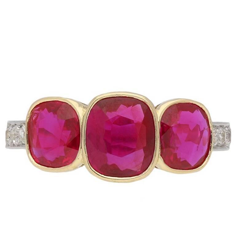 Edwardian Burma Three-Stone Ruby Three-Stone Ring