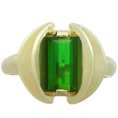 1950s Tourmaline and Yellow Gold Dress Ring