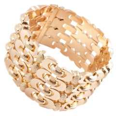 18 Karat Yellow Gold Retro Textured Bracelet
