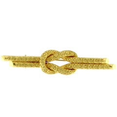 Chiselled Brooch in Yellow Gold 18 Karat