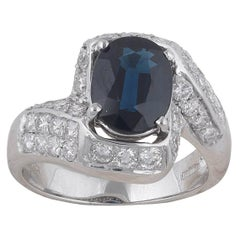 White Gold Sapphire and Diamonds Ring