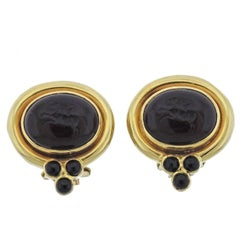 Elizabeth Locke Venetian Glass Intaglio Onyx Gold Earrings
