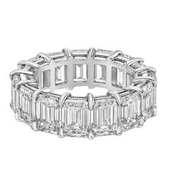 Betteridge Emerald-Cut Diamond Ara Eternity Band