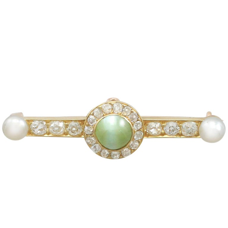 1.55 Ct Chrysoberyl and 1.10 Ct Diamond, Pearl and 18k Yellow Gold Bar Brooch