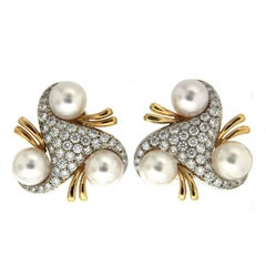 Valentin Magro Triangular Diamond and Pearl Earrings