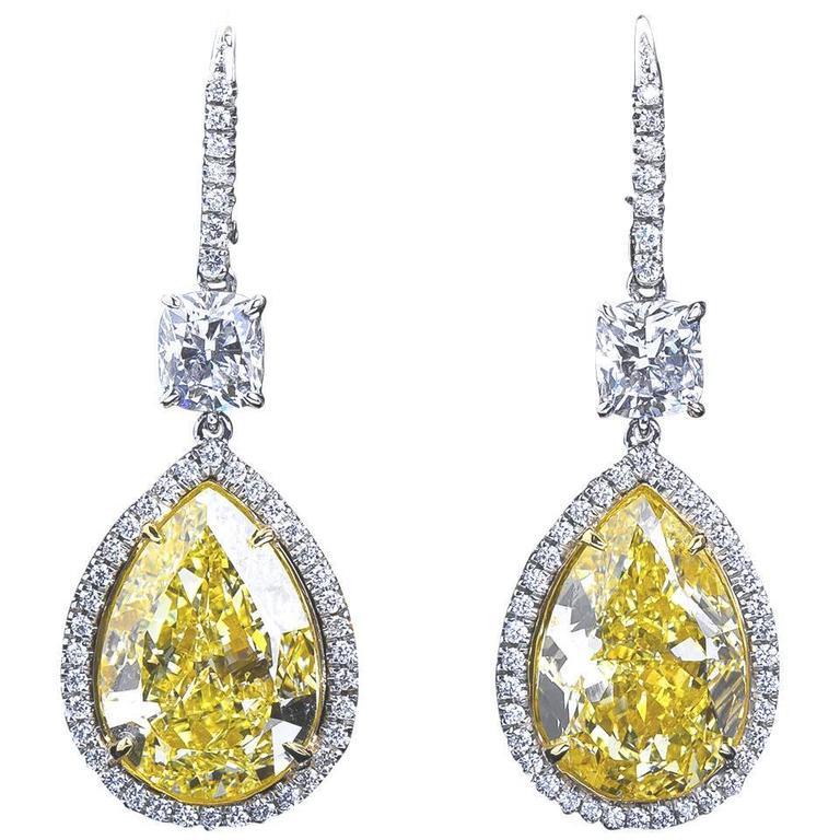18 Carat Fancy Yellow Pear Shaped Diamond Pendant Earrings For