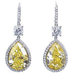 18 Carat Fancy Yellow Pear Shaped Diamond Pendant Earrings