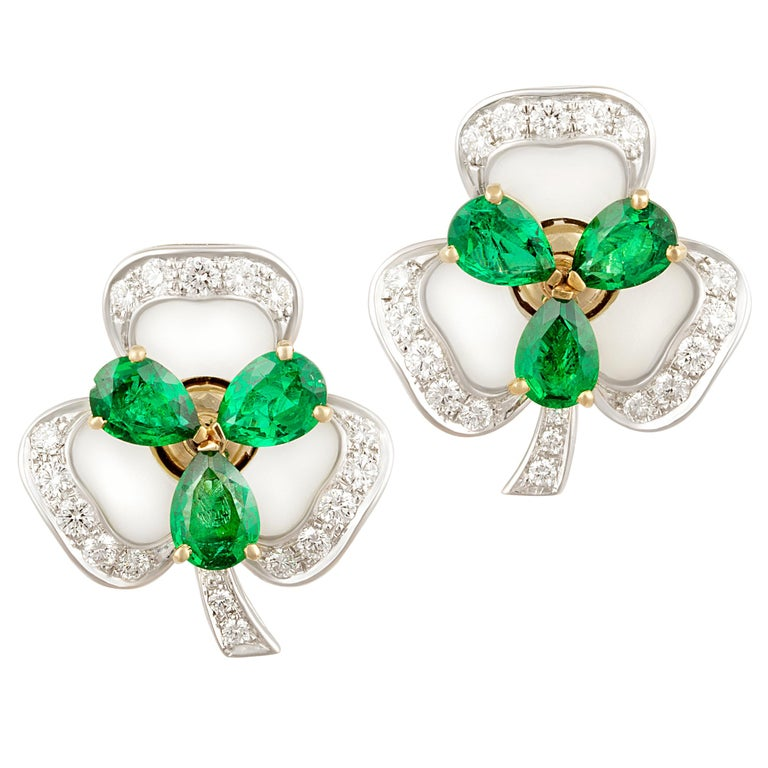 Ella Gafter Emerald and Diamond Clip-on Earrings Clover Flower Design For Sale