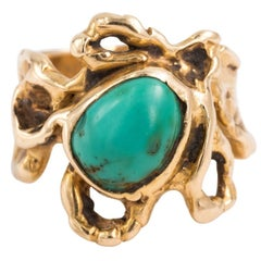 Designer Handcrafted Free-From 14 Karat Gold and Turquoise Ring, circa 1960s