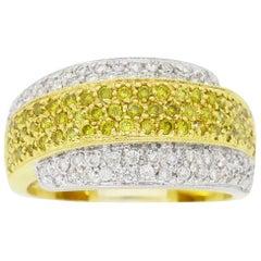 18 Karat Two-Tone Yellow and White Diamond Band Ring