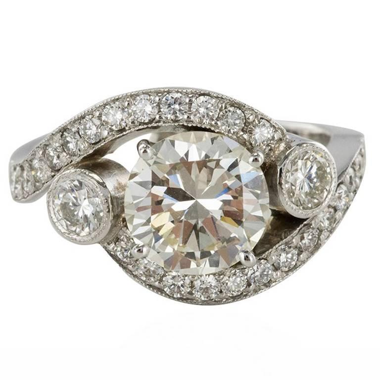 Baume Modern 18 Karat White Gold 2 55 Carat Diamond Ring For Sale At