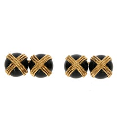 Van Cleef & Arpels Onyx and Yellow Gold Cufflinks, circa 1960