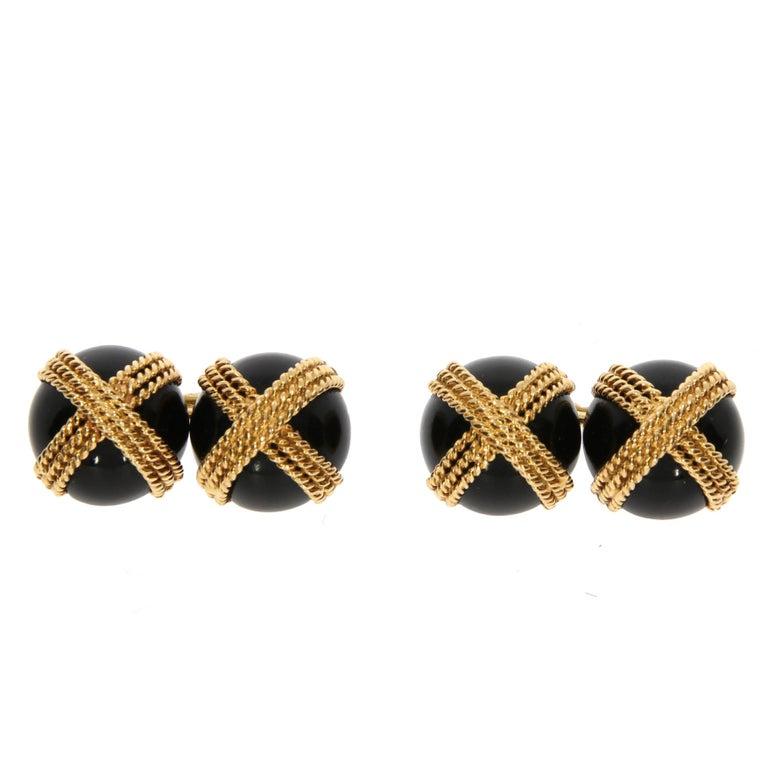 Van Cleef & Arpels Onyx and Yellow Gold Cufflinks, circa 1960