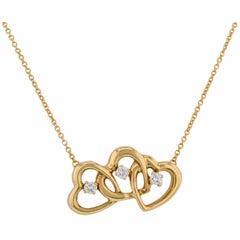 Tiffany & Co. Triple Heart Diamond Pendant 18 Karat Gold Women's Necklace